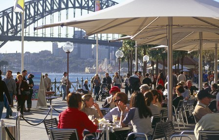 Cafe by the Sydney Harbour Bridge