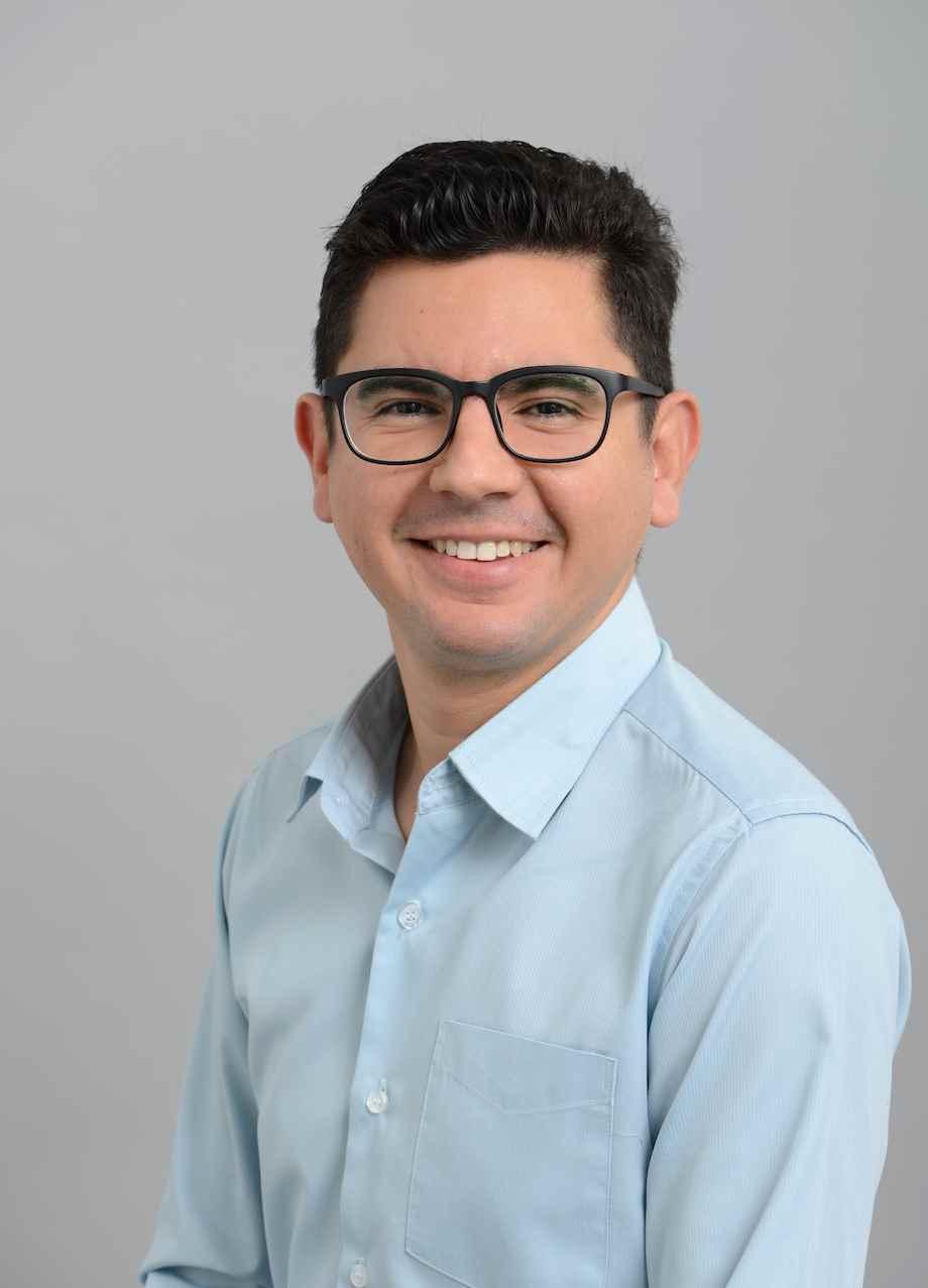 Dr Juan Quiroz