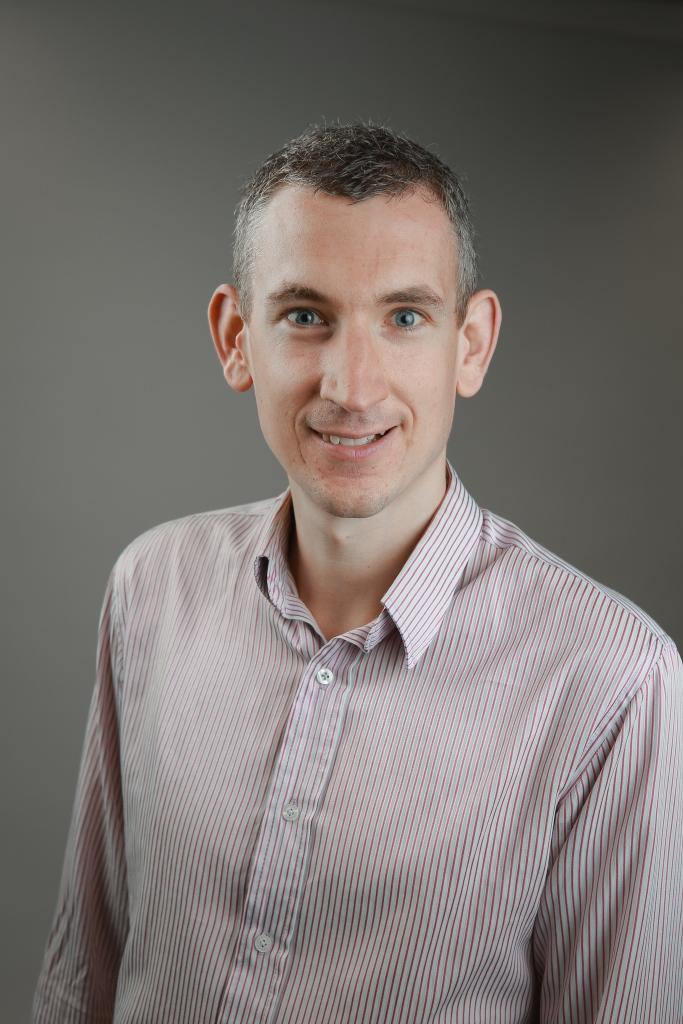 Dr Euan McCaughey