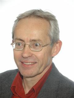 Dr Leszek Maciaszek