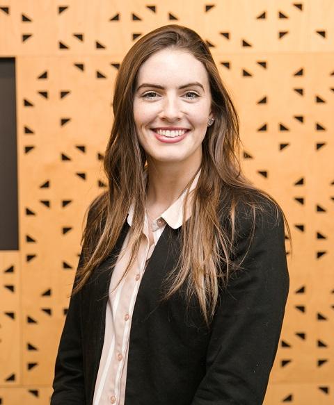 Ms Laura Dodds