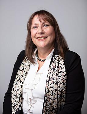 Professor Martina Möllering