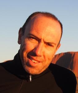CAVE/VOS speaker Lorimer Moseley