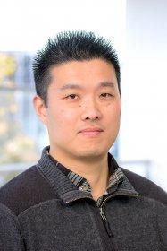Dr Wu Yi Zheng