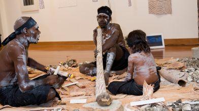 Performance by Barayuwa Mununggurr, Wukuyu Ngurruwuthun and Trudi Mununggurr