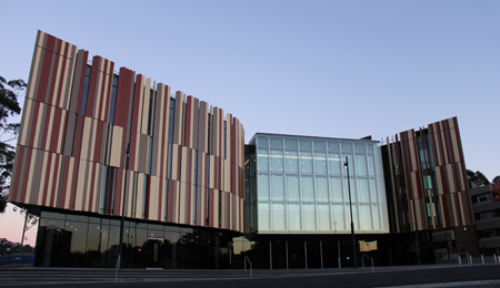 how to get to macquarie university