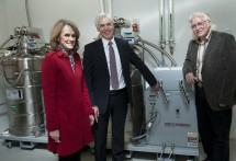 Launch of Liquid Helium Recovery System. (L-R) Dr Cathy Foley, Chief, Materials Science and Engineering, CSIRO; Prof Sakkie Pretorius, Deputy Vice-Chancellor (Research); Dist Prof Stephen Crain, Director, ARC Centre of Excellence in Cognition and its Disorders.  Photo: Effy Alexakis, Photowrite.