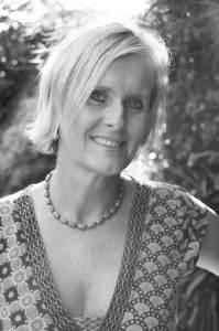 http://www.mq.edu.au/newsroom/wp-content/uploads/2015/12/Sarah-Garnett_web.jpg