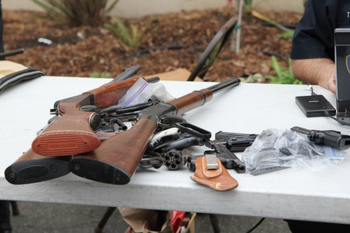 http://www.mq.edu.au/newsroom/wp-content/uploads/2016/06/Oakland-Gun-Buyback-_-Flickr_Image1.jpg